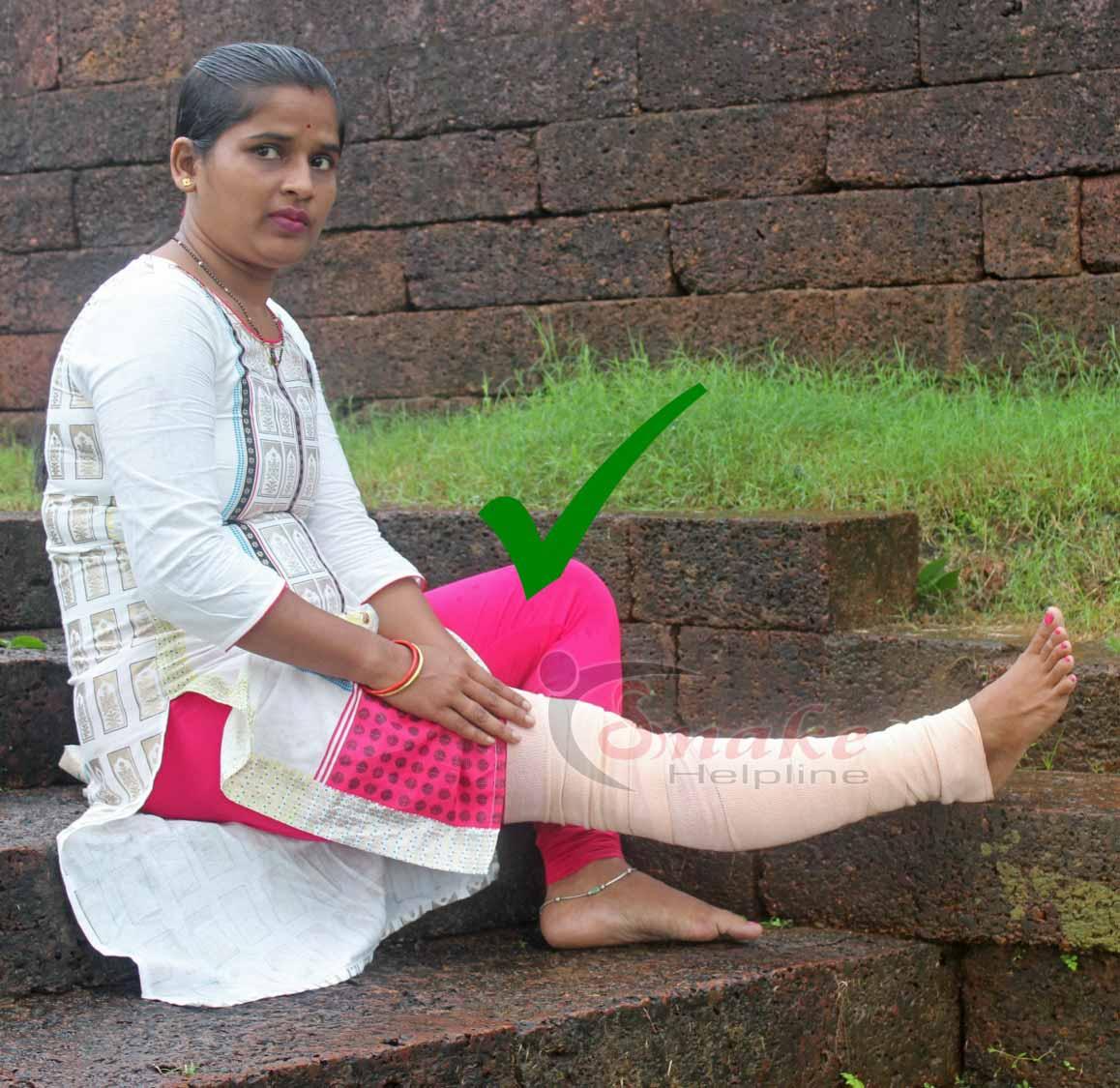 Do not use any wooden splint on leg.